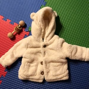 Baby Gap | Bear coat | 6-12 months